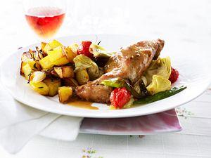Provenzalisches Kaninchen in Rosé mit Röstkartoffeln  Rezept