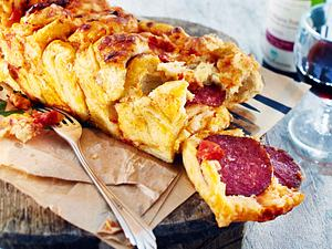 Pull-apart-Bread alla Pizza Rezept