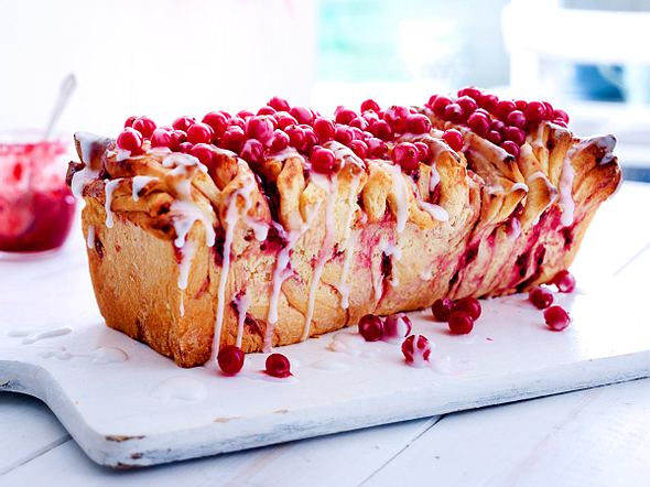 Pull-apart-Cake mit Johannisbeerkonfitüre Rezept