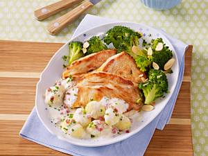 Puten-Brokkoli mit Rahmsoße Rezept