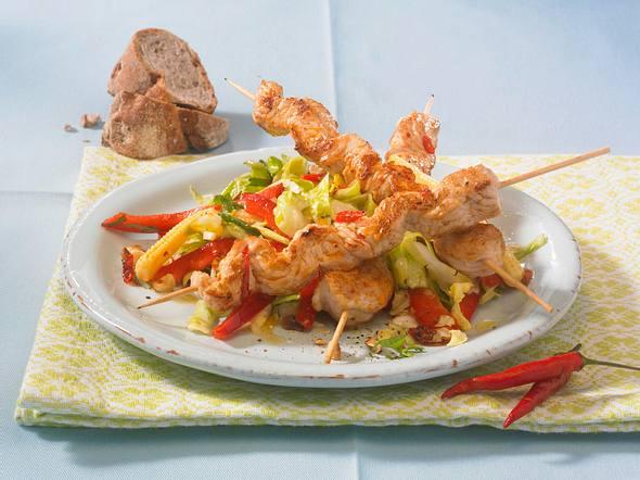 Puten-Saté mit asiatischem Spitzkohlsalat Rezept