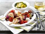 Puten-Spieße mit Tomaten und Zucchinigemüse Rezept
