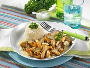 Putengeschnetzeltes à la Stroganoff mit Reis Rezept