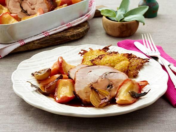Putenoberkeule mit Apfel-Möhren-Gemüse Rezept