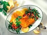Putenschnitzel in Parmesanhülle Rezept