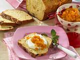 Quark-Brot mit Aprikosenpüree Rezept