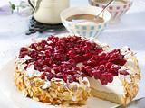 Quark-Sahne-Torte mit Sauerkirsch-Grütze Rezept