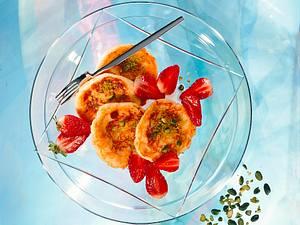 Quarkplinsen mit Erdbeeren Rezept