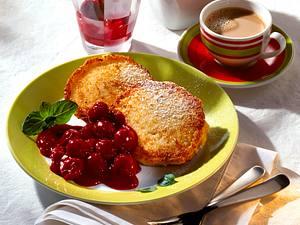 Quarkplinsen mit Kirschkompott (Diabetiker) Rezept