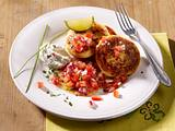 Quarkplinsen mit Tomatensalsa Rezept