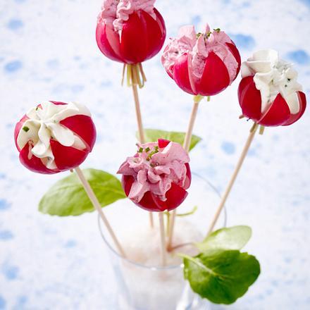 Radieschen-Blüten mit Frischkäse Rezept