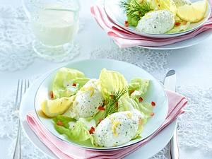 Räucherforellen-Nockerln auf Salat Rezept