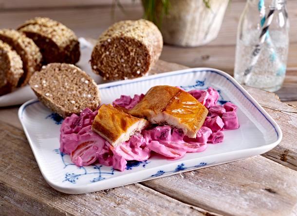 Räuchermakrele auf Rote-Bete-Salat Rezept