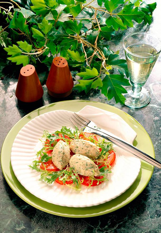 Räuchermakrelenmousse auf Tomaten Rezept