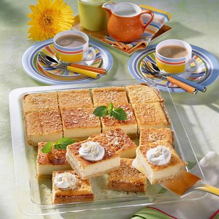 Rahm-Käsekuchen mit Mandeln & Kokos Rezept