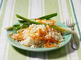 Reis mit Möhren und Lauchzwiebeln Rezept