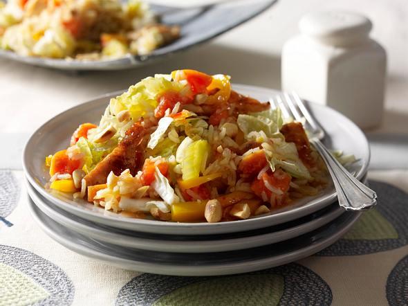 Reissalat mit gebratenem Hähnchen Rezept