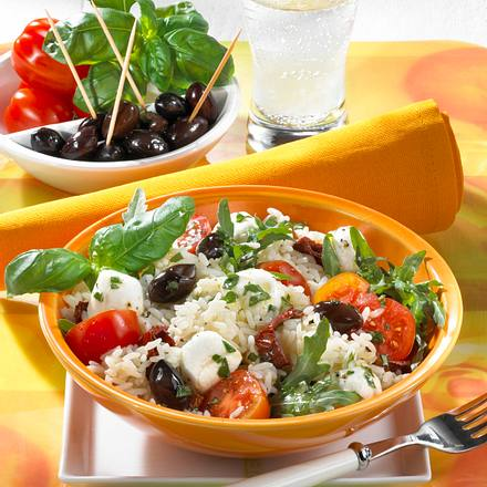 Reissalat mit Mozzarella & zweierlei Tomate Rezept