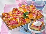 Rhabarber-Aprikosenkuchen Rezept