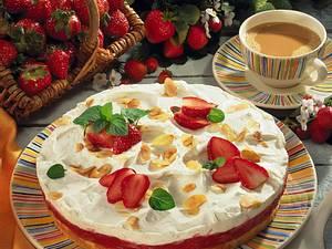 Rhabarber-Erdbeerkuchen mit Vanillequark Rezept