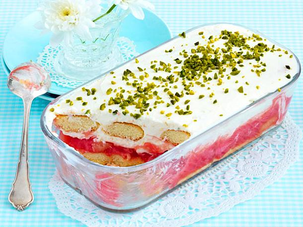 Rhabarber-Quark-Trifle Rezept