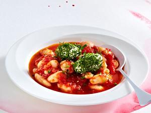 Riesenbohnen in Tomatensoße mit Frischkäse-Kräuter-Nockerln Rezept