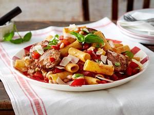 Rigatoni in frischer Express-Tomatensoße Rezept