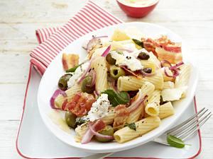 Rigatoni mit Oliven und Ziegenkäse Rezept