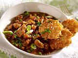 Rindercurry mit Sesam-Reisplätzchen Rezept