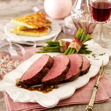 Rinderfilet in Cognac-Pfeffersoße zu Bohnen und Rösti Rezept