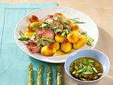 Roastbeef mit Röstkartoffeln und Spargel-Vinaigrette Rezept