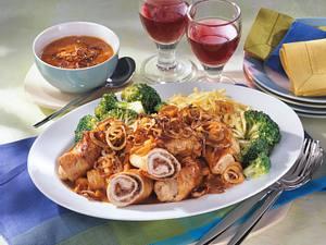Röstzwiebel-Röllchen mit Broccoli Rezept