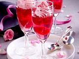 Rosa Champagner-Gelee mit Himbeeren Rezept
