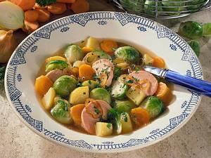 Rosenkohleintopf mit Kartoffeln, Möhren und Fleischwurst Rezept