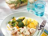 Rotbarschfilet mit Gemüse und Tagliatelle Rezept