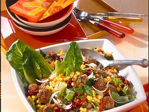 Rote Bohnensalat mit Kräuter-Mini-Frikadellen Rezept