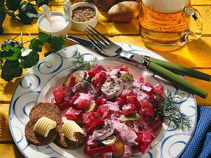 Roter Heringssalat mit Dill Rezept