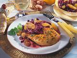 Rotkohl-Schalotten-Gemüse mit Orangen zu Hähnchenkeulen Rezept