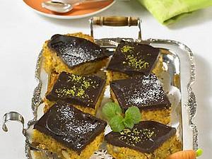 Rübli-Kuchen mit Schokoguss Rezept