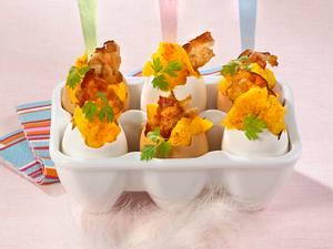Rührei mit Frühstücksspeck und Schnittlauch Rezept