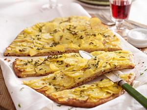 Rustikale Kartoffel-Pizza Rezept