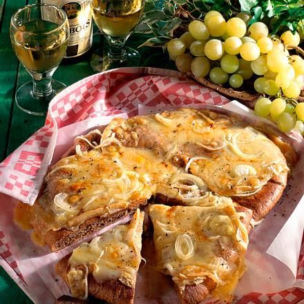 Rustikales Käse-Fladenbrot Rezept