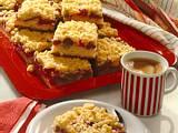 Saftiger Rhabarber-Streuselkuchen Rezept