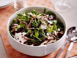 Salat mit Lamm und Joghurt-Dressing Rezept