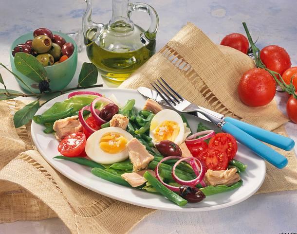 Salat Nicoise mit grünen Bohnen und Thunfisch Rezept
