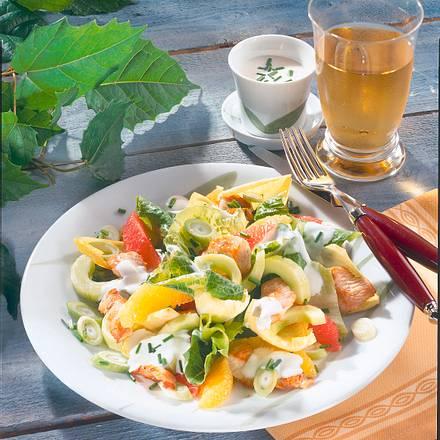 Salatteller mit Putenstreifen Rezept