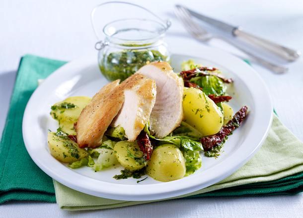 Salsa verde zu Kartoffelsalat mit Hähnchenfilet Rezept