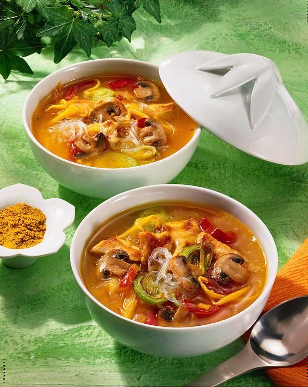 Sauer-scharfe Thai-Suppe Rezept