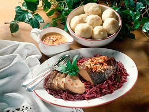 Sauerbraten mit Thüringer Klößen Rezept