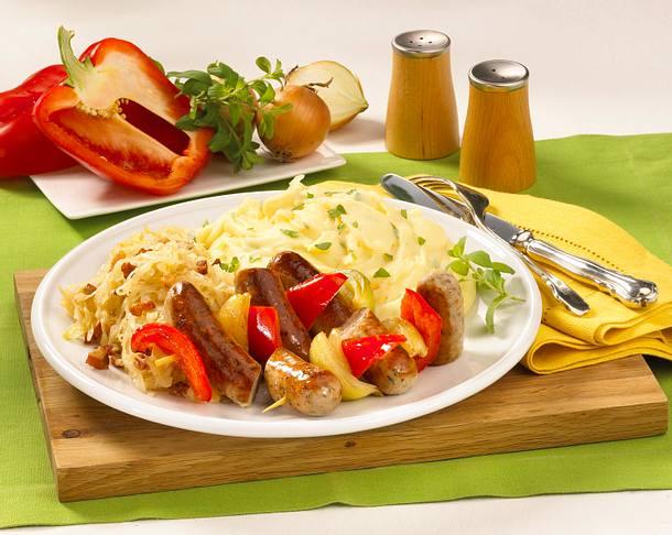 Sauerkraut mit Würstchen und Kartoffelpüree Rezept